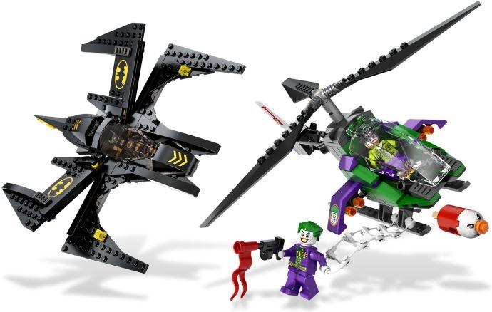 Самолеты Бэтмена и Джокера