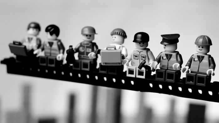 Рабочие персонажи на ланче