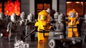 Лего рабочий на электростанции