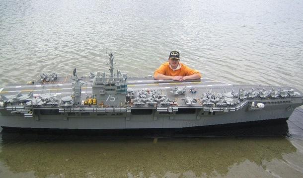 Размеры корабля впечатляют.