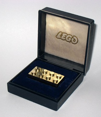 lego brick (2)