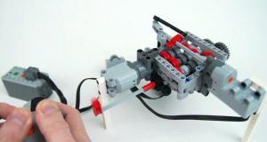 Коробка передач из Lego