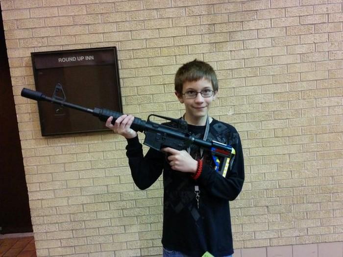 AR-15-2