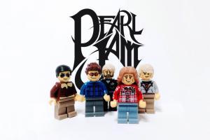 lego-iconic-bands-16