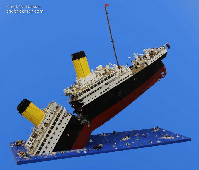 Крушение Титаника из Лего