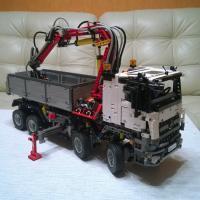 Лего Техник   Mercedes-Benz Arocs  3245. Собраный. В отличном состоянии.