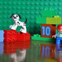 Продаю LEGO DUPLO Играй и считай (паровозик, 31 деталь) 10558