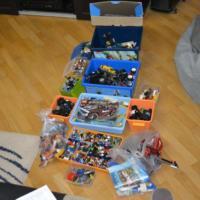 Продаю детали Лего
