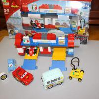 LEGO Duplo 5829 'Пит-Стоп' в отличном состоянии б/у.Торг уместен.