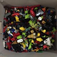 Продам детали Лего россыпью