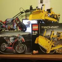 lego technic 42028 и 42036 (бульдозер и байк)