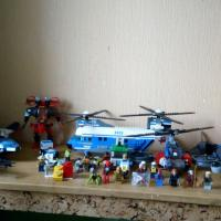 LEGO super hesoes, lord of the rings, city, ninjago, hero factory, galaxy squad
