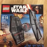 Продам набор Lego ИСТРЕБИТЕЛЬ ОСОБЫХ ВОЙСК ПЕРВОГО ОРДЕНА АРТИКУЛ: 75101
