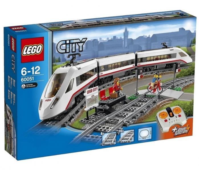 Скоростной пассажирский поезд
