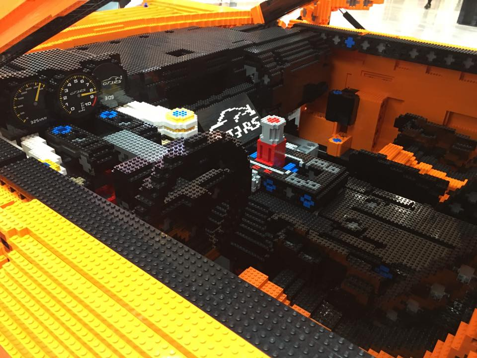 Porsche-911-GT3-RS-Lego-Car-6[1]