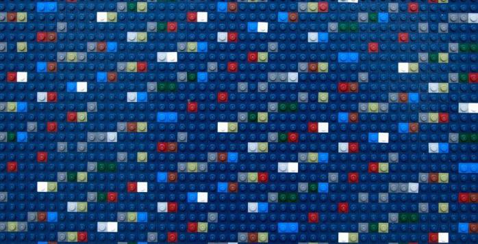 Картины из лего с шифром к криптовалюте