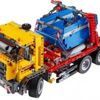 LEGO Technic 42024 Контейнеровоз + Набор с мотором