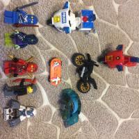 Продам детали и фигурки Lego